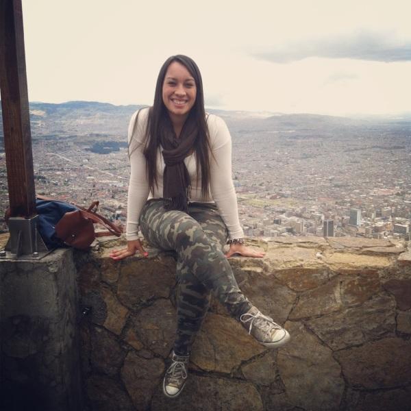Mi mejor foto acompañada al fondo de Bogotá