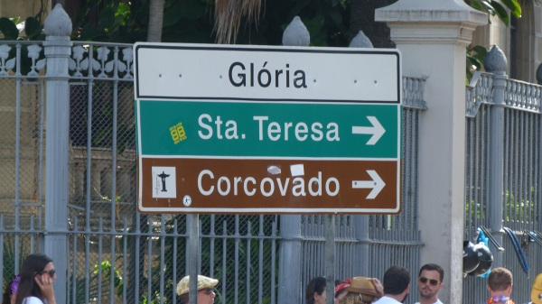 "Many ""Blocos de Calle"" takes place at ""Glória"""