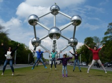 Atomium jump!